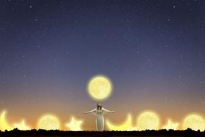 【女性にパワーをもたらす神秘の月】満ち欠けに合わせた生活術を伝授!